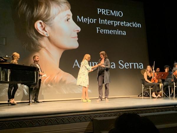 premio-mejor-interpretacion-femenina-assumpta-serna-en-el-xvi-festival-internacional-de-cine-social-de-castilla-la-mancha-5